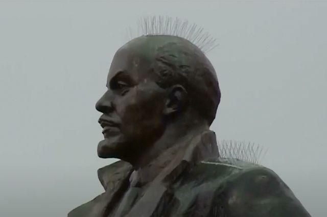 Памятник Ленину в Магадане.