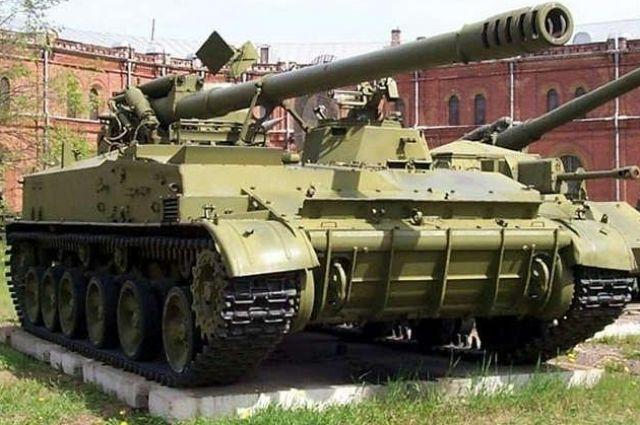 В Луганской области заметили 11 вражеских танков и самоходную гаубицу