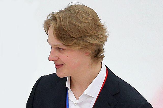 Артем Иванюженков.