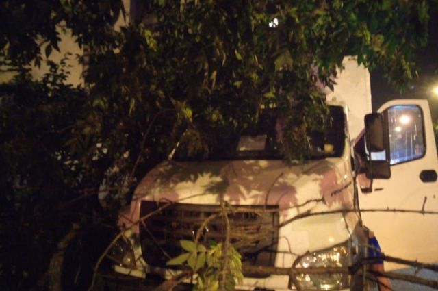 Гроза оставила жителей двух районов Самара без электричества