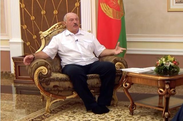 Лукашенко отказался от предвыборных выступлений по радио и телевидению