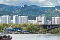 В окрестностях города масса инетресных мест, которые можно посетить