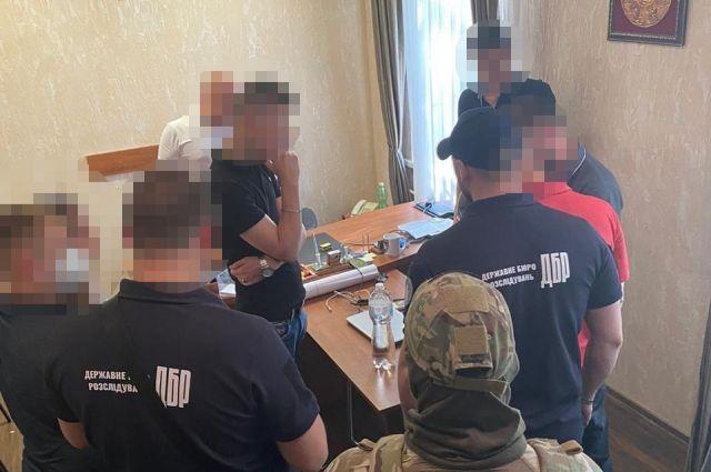 В Одессе двух полицейских разоблачили на «крышевании» проституции