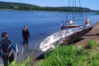 Лодка лежала на дне несколько десятков лет.