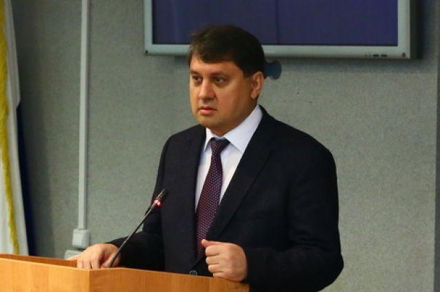 Решение об отставке Ринат Ахметчин озвучил журналистам после оперативного штаба по коронавирусу в Норильске