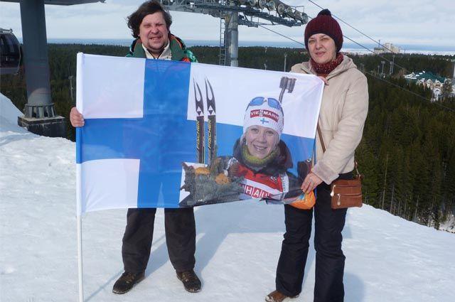 На этапе Кубка мира по биатлону в Ханты-Мансийске Кякинены (слева – Константин, справа – его жена Лена) болели за финскую лыжницу Кайсу Мякяряйнен.