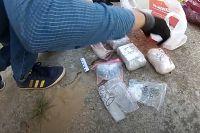 14 лет тюрьмы на двоих получили раскладчики наркотиков по тайникам в Тюмени