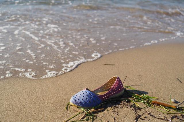 Тюменцы оставляют на диких пляжах горы мусора