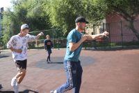 """Тюменцев зовут на бесплатные уличные тренировки проекта """"Спортивный заряд"""""""