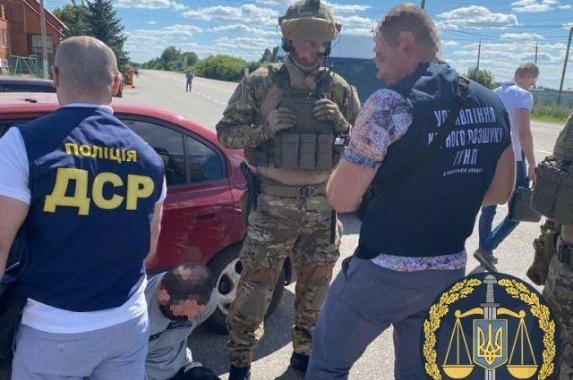 В Харьковской области трое мужчин похитили человека и требовали выкуп