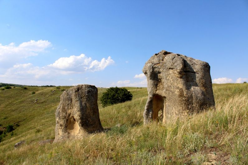 Александровские столбы (Каменные ворота).