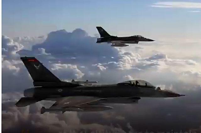 Два истребителя F-15 ВВС США совершили перехват пассажирского самолета авиакомпании Mahan Air.