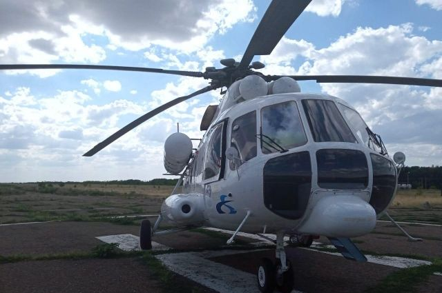 Вертолет санавиации экстренно доставил 3-летнего малыша в Оренбург.