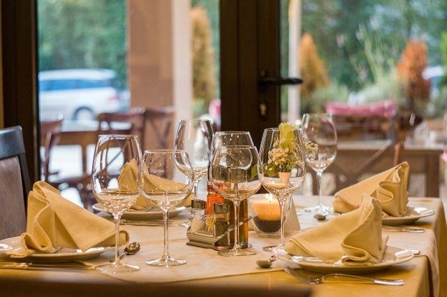 Калининградским ресторанам разрешили обслуживать посетителей в зале