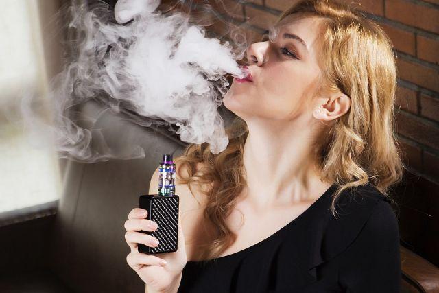 Какой штраф за курение вейпов и кальянов в общественных местах?
