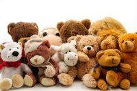 Певец Dava привез в Орск подарки и игрушки детям семьи Лихтенвальд.