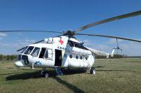 Вертолет санавиации доставил в Оренбурге пострадавшую от наезда иномарки школьницу.