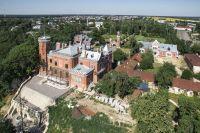 Дворцовый комплекс – украшение и предмет туристической гордости региона.