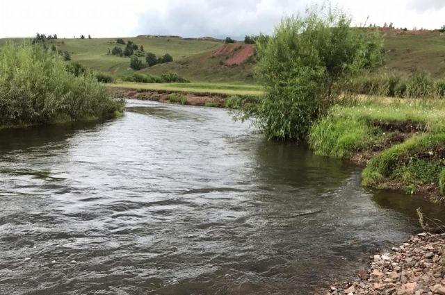 Река Кача, не тронутая человеком и не «облагороженная» бетонными плитами.