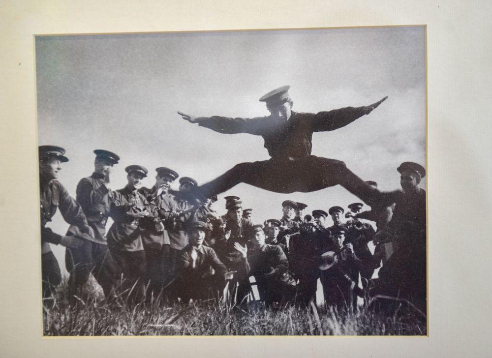 Ансамбль репетирует Северо-Западный фронт.1942