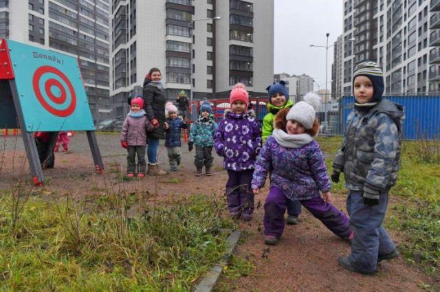 В регионе появилась возможность делать встроенные и встроенно-пристроенные детские сады с площадками для прогулки и игровыми зонами.