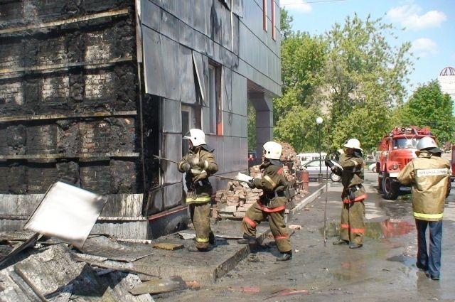 Если пожарный увидел в горящем помещении животное, пусть даже не подающее признаков жизни, он его никогда там не оставит.