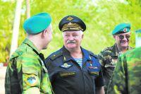 День воздушно-десантных войск А.П. Солуянов встретит среди своих друзей.