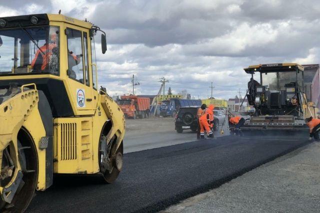 Дмитрий Кузьменко оценил ход ремонта дороги Тюмень - Криводаново