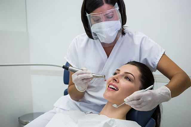 Смена формы собственности поликлиник повысит уровень стоматологической помощи.