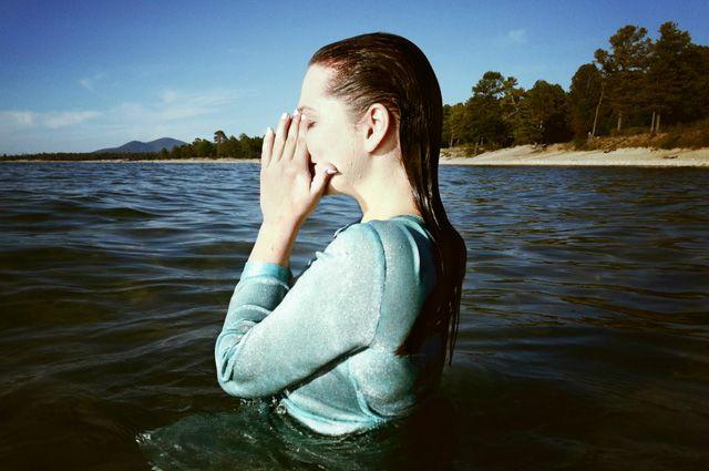 Море в уши, в горло, в нос. Полезны ли полоскание морской водой?