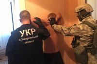 В Кривом Роге задержали мужчин, ограбивших на Закарпатье ювелирный магазин