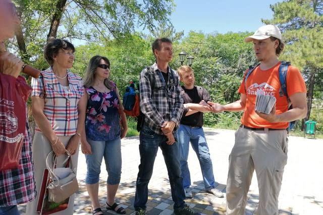 Пешие экскурсии по природным и историческим местам КМВ полезны для здоровья и для кругозора.
