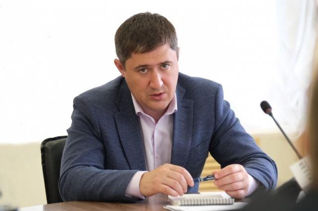 «Проверять решение проблем по опубликованным адресам буду лично», – пообещал Дмитрий Махонин.