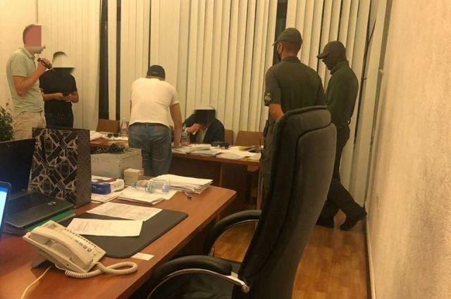 В Харькове чиновника ОГА поймали на взятке в 1,3 миллионов гривен