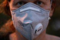 Для оренбургских медиков закупят 32 000 респираторов.