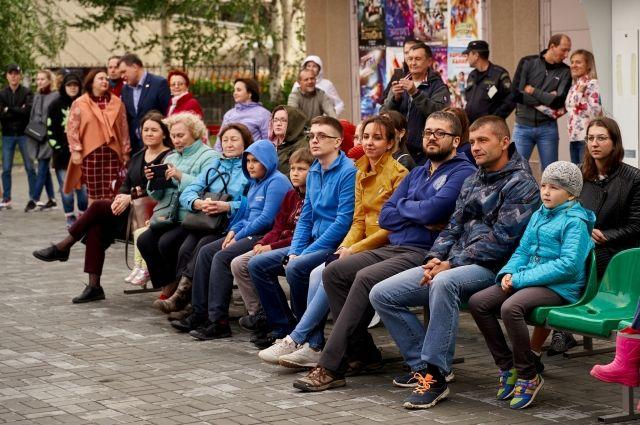 Жители Ханты-Мансийска с нетерпением ждут встречи с новым кино под открытым небом
