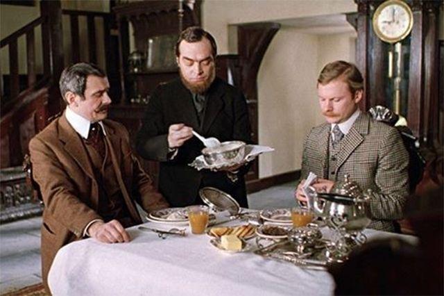 Вокруг этой овсянки до сих пор ходят разные анекдоты. «Приключения Шерлока Холмса и доктора Ватсона: Собака Баскервилей», 1981 год.