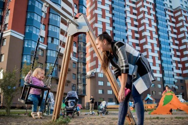 В каждом жилищном комплексе Казани есть детские площадки.