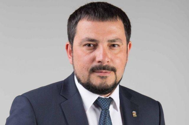 Депутат Оренбургского горсовета Артем Сафиуллин заразился коронавирусом.