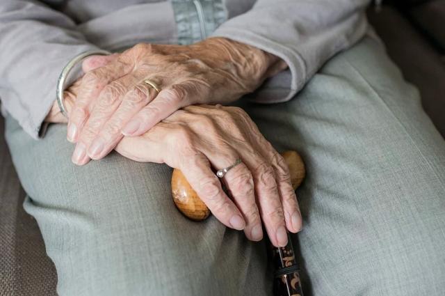 Роспотребнадзор заставил оренбургскую фирму вернуть аванс клиенту-пенсионеру.