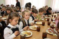 Питание в школах изменится: Кабмин одобрил реформу