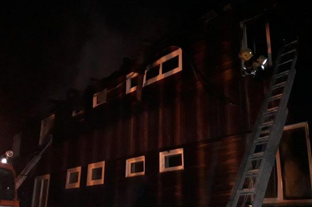 По предварительной версии причиной пожара – короткое замыкание электрощитка.