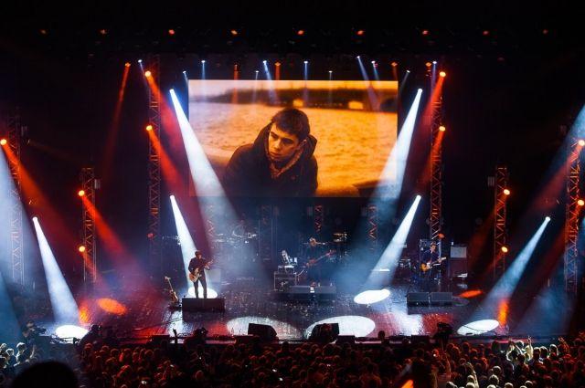 За годы проведения фестиваль «Петербург live» стал доброй городской традицией, собирающей десятки тысяч зрителей.