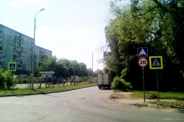 Обновлённый пешеходный переход на перекрёстке улиц Курковой и Литейной в Зареченском округе Тулы