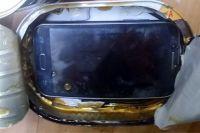 В Мордовии оренбурженка пыталась передать в тюрьму начиненные телефонами консервы.