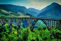 Въезд украинцам в Черногорию разрешен без ограничений