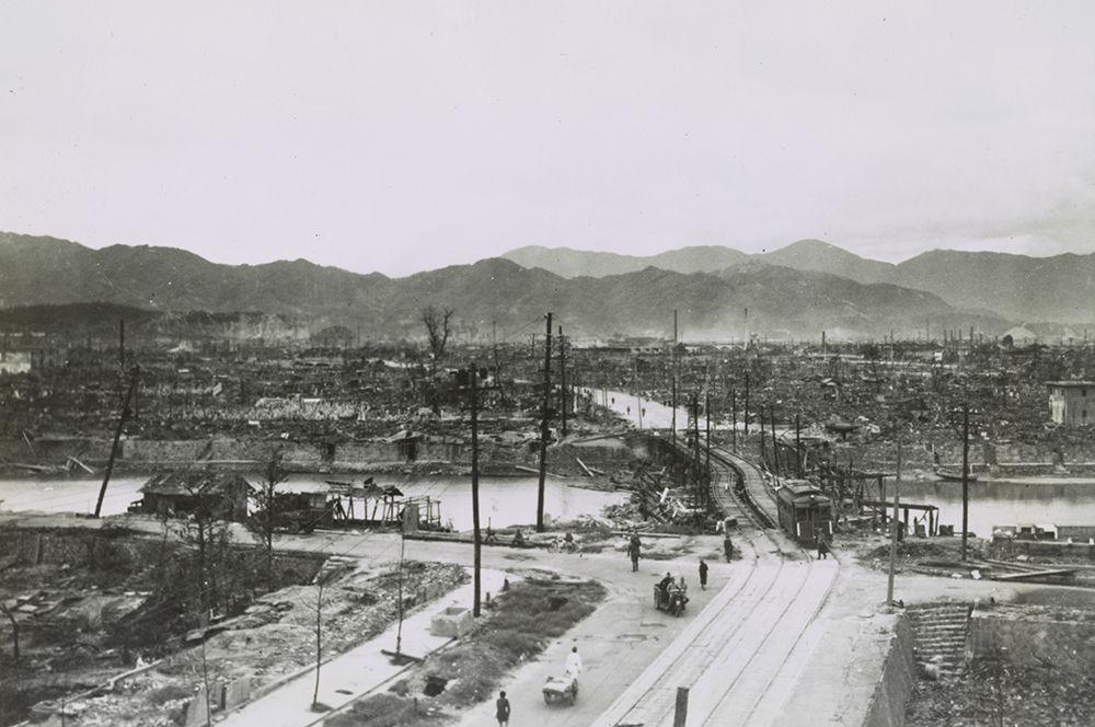 Разрушения в Хиросиме после взрыва.