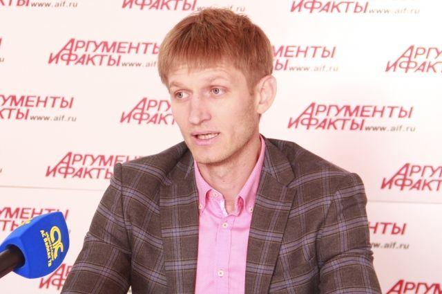 Дмитрий Абрамович.