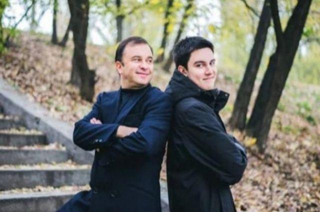 От онкологии умер 21-летний сын певца Виктора Павлика