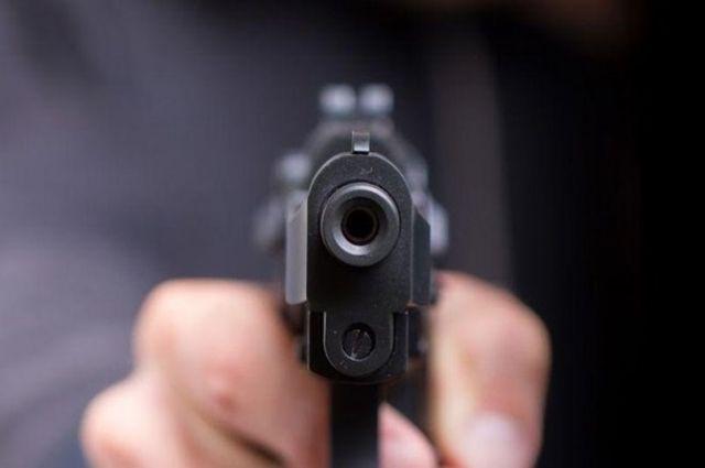 В Харькове клиент отказался платить за такси и начал стрелять в водителя